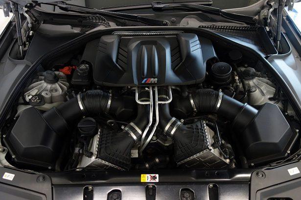 426878_1406428833819_slide bei BM-Automobile e.U. in